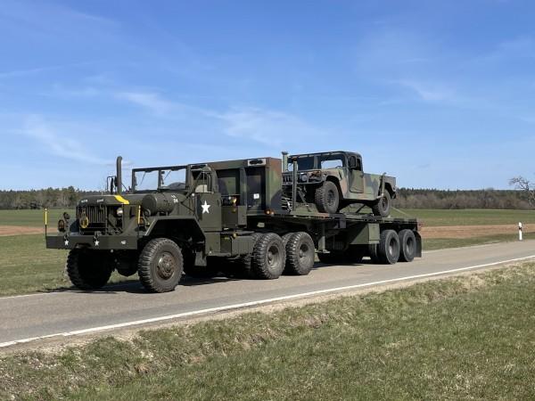 Sattelzugmaschine M818 + Auflieger M871A1
