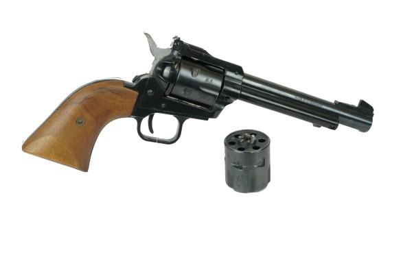 Revolver .22 mit Wechseltrommel Modell 21