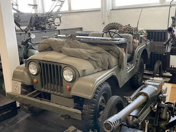 Jeep Kaiser Cj 5