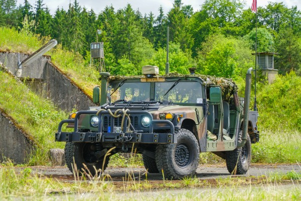 2004 AM General HMMWV M1045A2 Soft Top