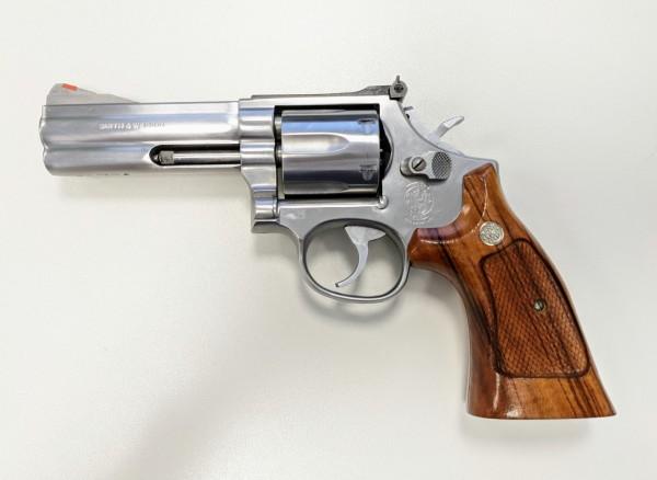 """S&W Revolver 686, 4"""""""